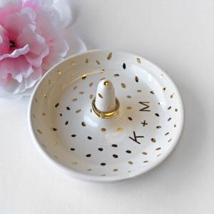 ModernMud monogrammed 22k Gold & White Ring Dish AU$75.52 - Etsy