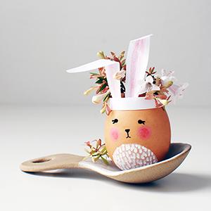Bunny Eggshell vases