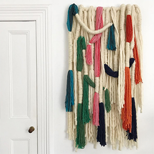 how to make a wrapped wool wall hanging