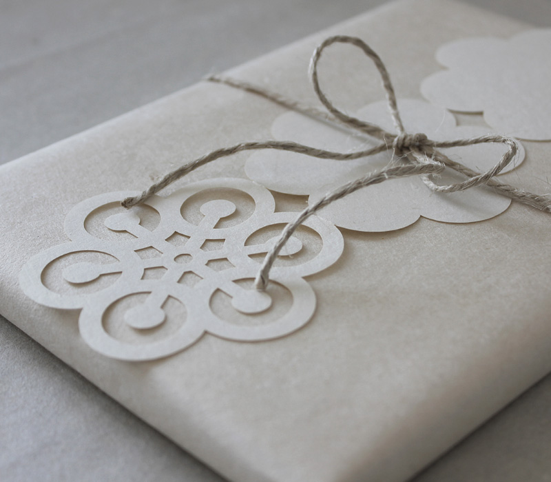 Snowflake card from Uponafold via we-are-scout.com