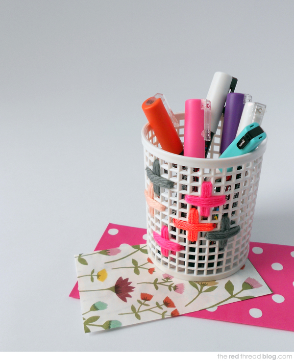 MAKE IT :: Embroidered desk accessories - We Are Scout