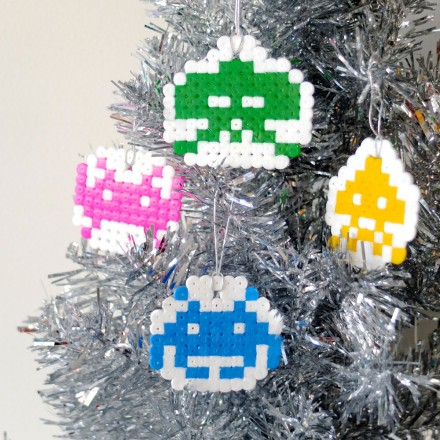 Crafttuts+ Space Invaders Christmas Decorations Tutorial via we-are-scout.com