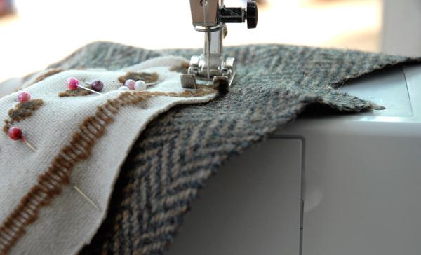 Craft Schmaft sewing via the red thread