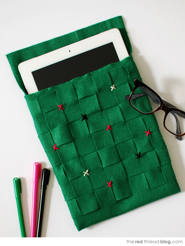 the red thread woven felt iPad sleeve tutorial