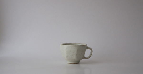 Akikio Hirai cup via the red thread