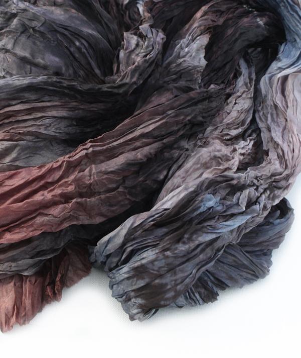 VALEZHKI scarf 1 via the red thread