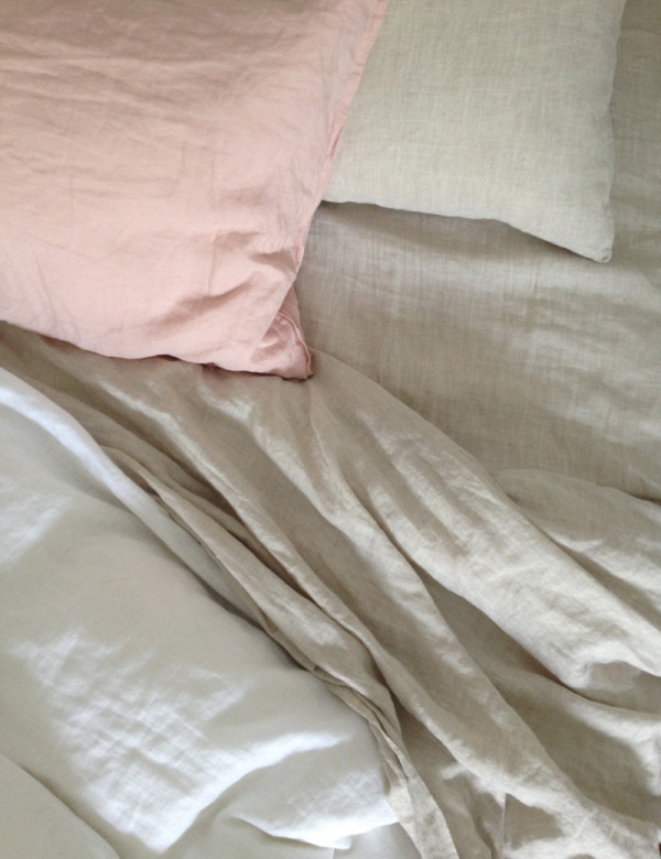 the red thread loving linen bedding