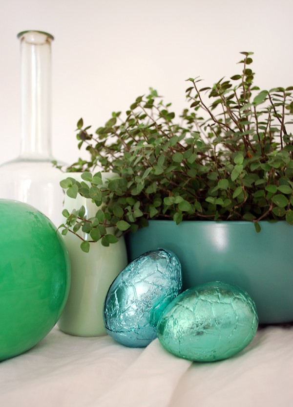 3 STUNNING Easter table settings, via We-Are-Scout.com.