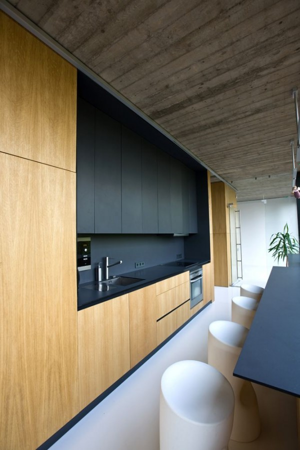 TREND SCOUT: Black kitchens. Family house near Jiesia, via Arch Daily. Photography by G.Česonis, via We-Are-Scout.com.