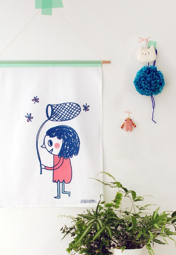Tutorial: Make wall hangings from tea towels - We Are Scout