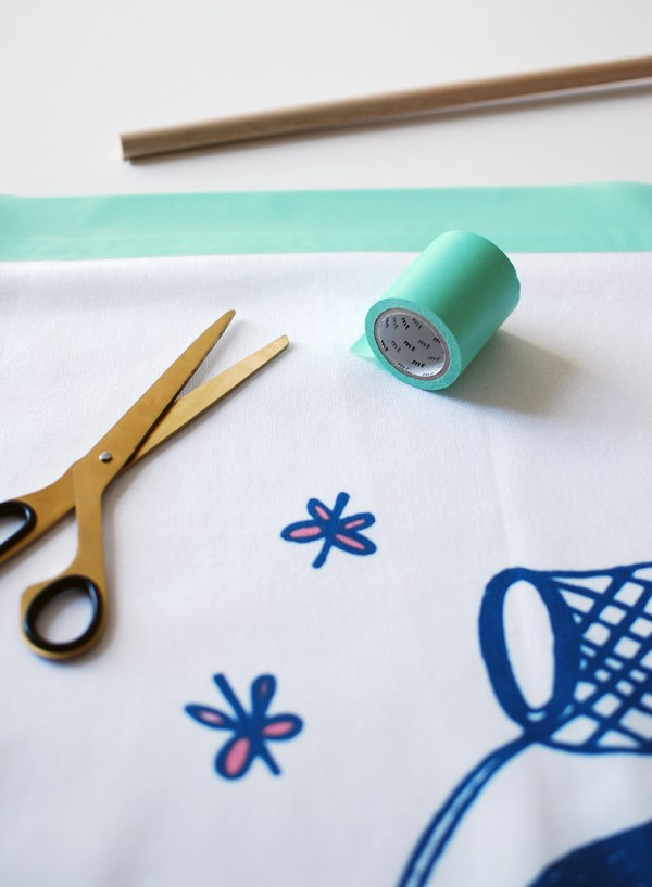 How to make wall hanging art from tea towels. Freedom x Evie Barrow for the Children's Cancer Institute - via we-are-scout.com