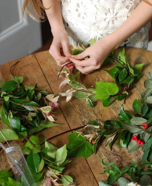 Creativity and tweens: Making Foliage Crowns