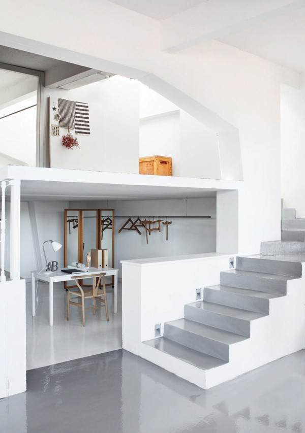Loft Apartment. Photo: Helenio Barbetta /Living Inside. Styling: Chiara Dal Canto. Elle Decoration UK