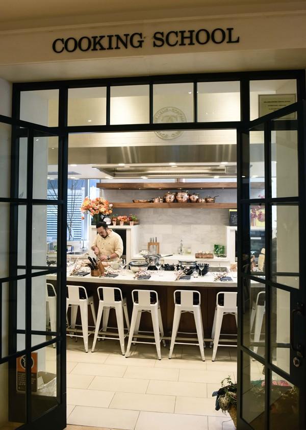 Adam Liaw's Asian Cookery School at Williams Sonoma. Photo La Tessa Photography.