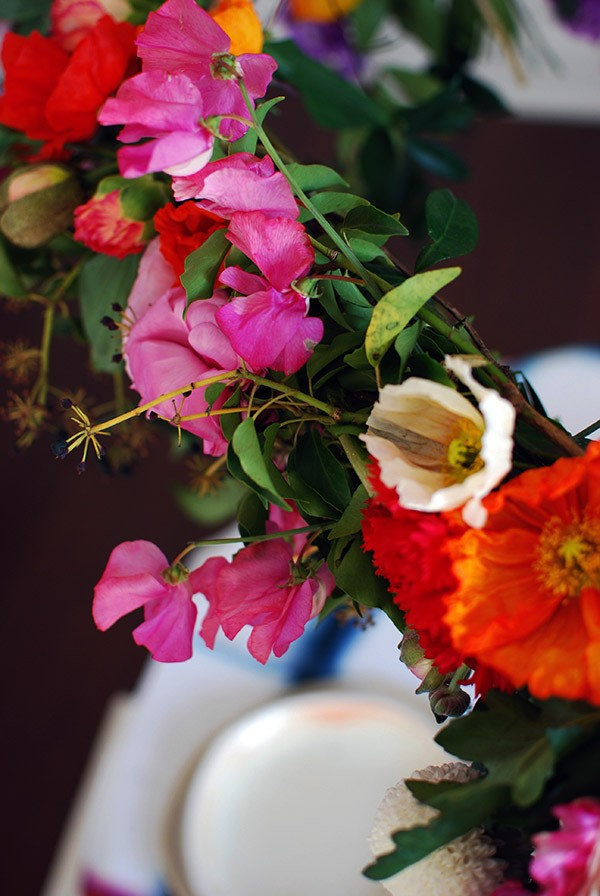 A Burst Of Colour Courtesy Your Diy Hanging Flower Chandelier