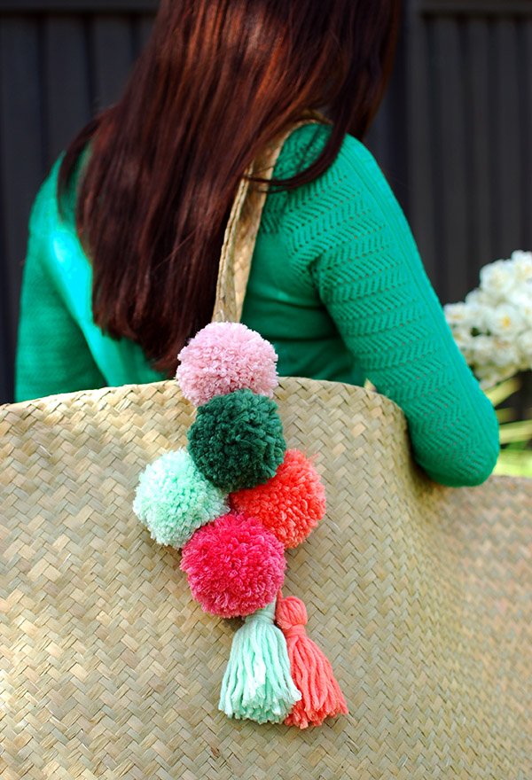 0c9c5308da Tutorial  Make a pom pom tassel for your tote. IkeaBag poms2. IKEA have the  perfect large  Nipprig 2015′ seagrass bags in store right now.