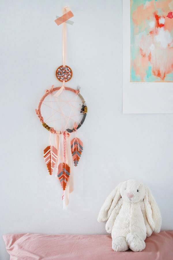 make a dream catcher with Hama/Perler bead feathers