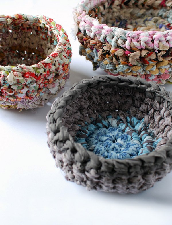 Beginner's crochet - make fabric baskets