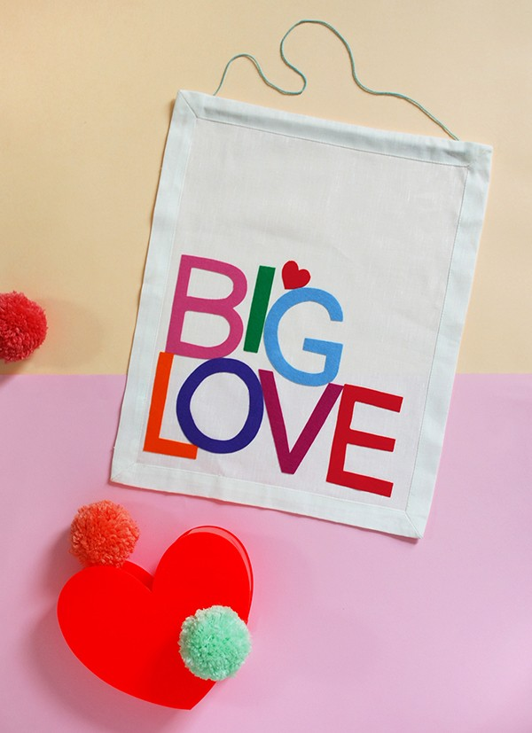 A Valentine's gift that's big on style (and love!). And there's no sewing involved!
