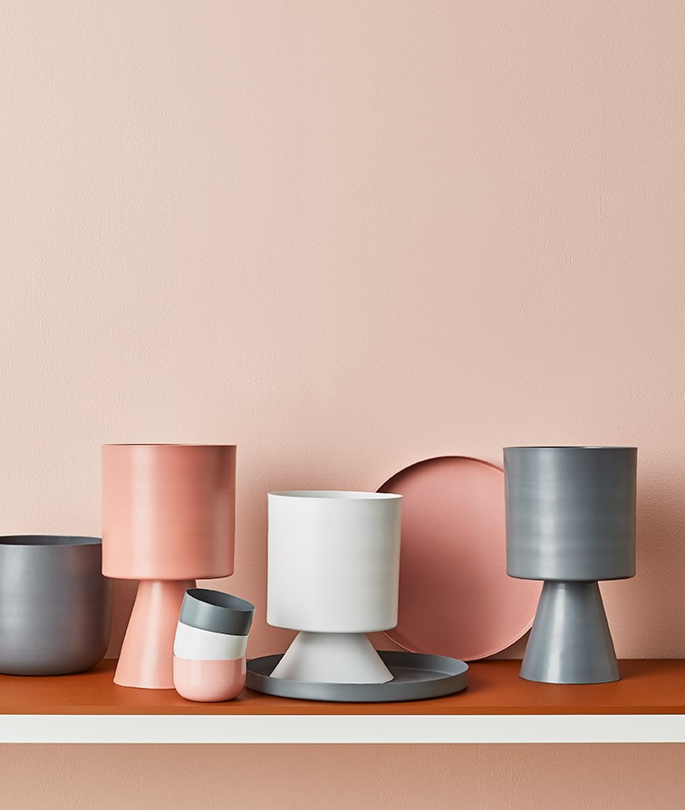 Stunning sculptural vessels. Lightly Cinnamon homewares.
