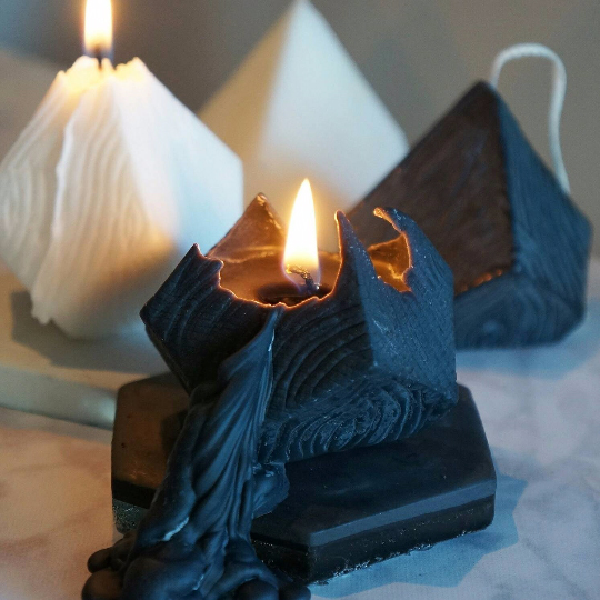 Black Arrow Candles