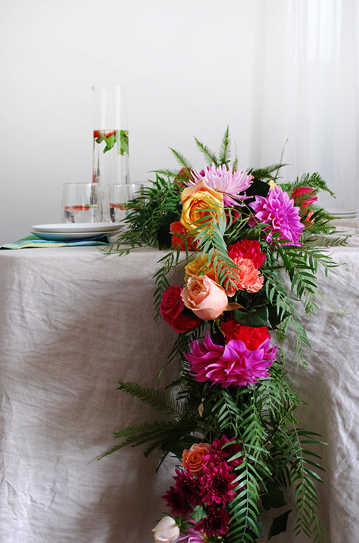DIY Fresh Flower Garland For Your Table   Step By Step Tutorail