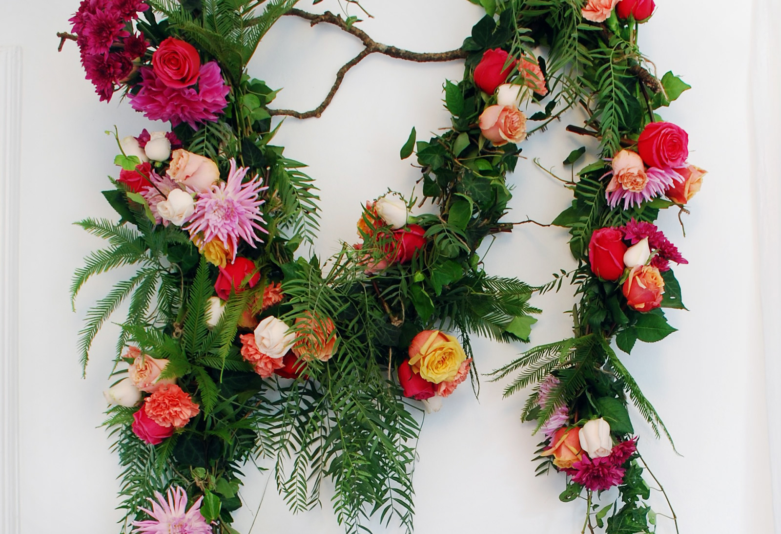 Tutorial how to make a fresh flower garland we are scout izmirmasajfo
