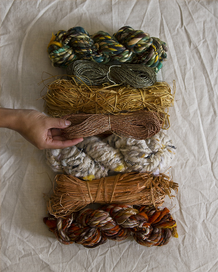 Choosing fibers for weaving