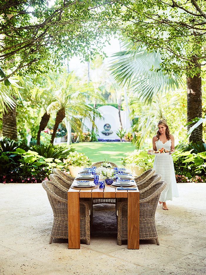 The Williams Sonoma x Aerin Lauder collection is inspired by her family's iconic Palm Beach home