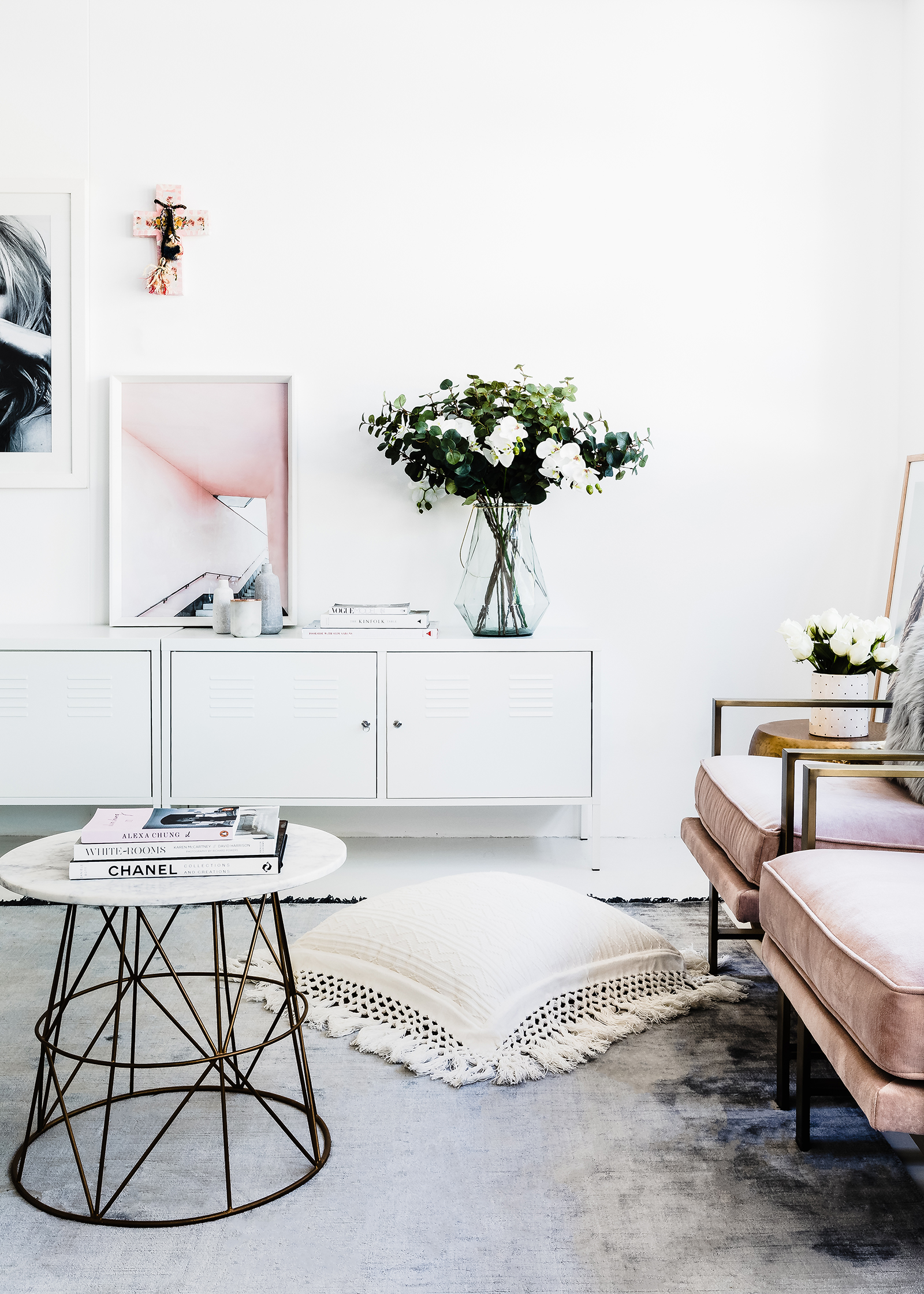 How To Choose The Perfect White Paint For Your Walls We