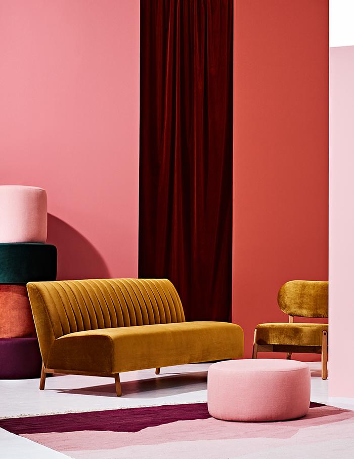 Love this mustard velvet sofa!