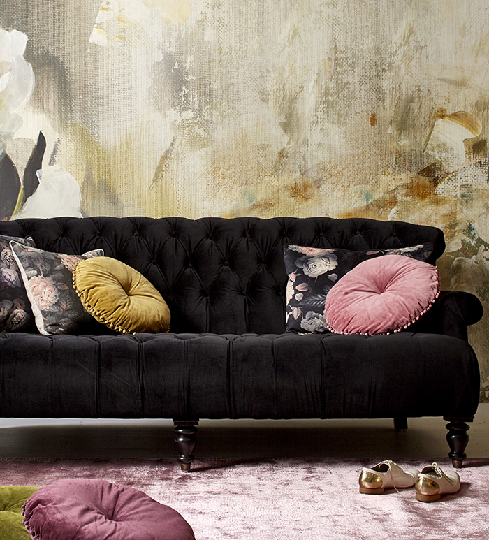 Black velvet sofa goals